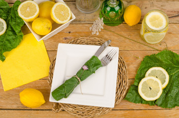 Summery table setting