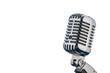 Retro Mikrofon vor weißem Hintergrund