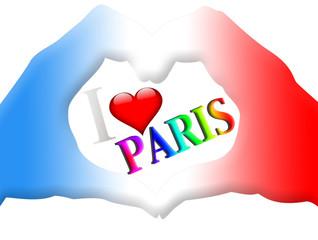 J'aime Paris, mains forme coeur
