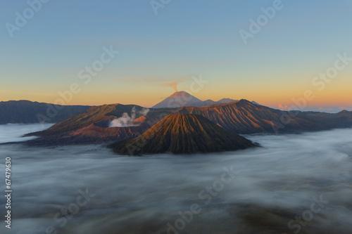 Foto op Plexiglas Indonesië Mont bromo au crépuscule