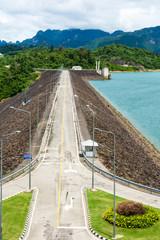 Roadside barrage