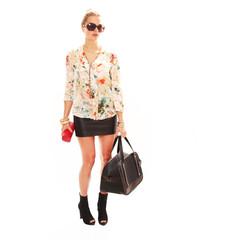 Geschäftsfrau mit Reisetasche