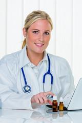 Portrait einer Ärztin