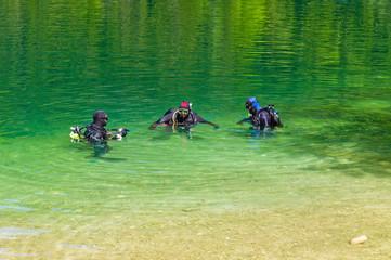 Taucher in einem See