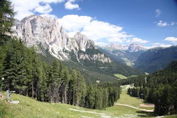 trentino dolomiti paesaggio di montagna valle di fassa