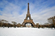Winter day in Paris - 67499203