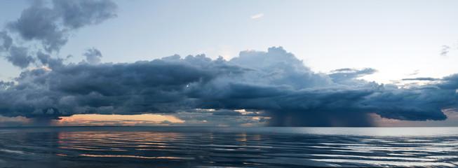 regenwolkenPanorama