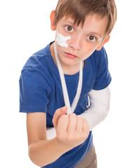 boy with a broken arm