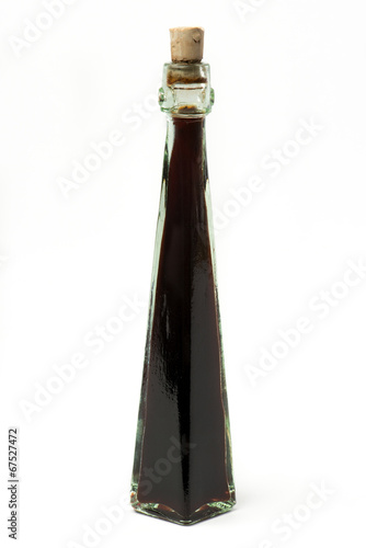 vinegar bottle - 67527472