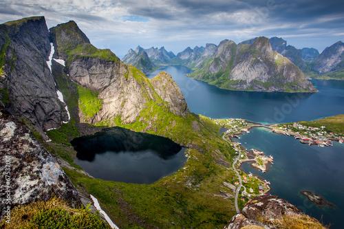 Staande foto Scandinavië Beautiful Norwegian landscape - view of fjords