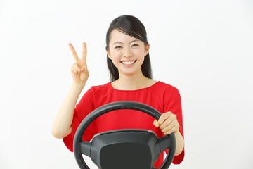 運転・若い女性