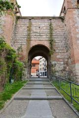 puerta del arco de san esteban en burgos