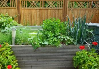 Hochbeet im eigenem Garten