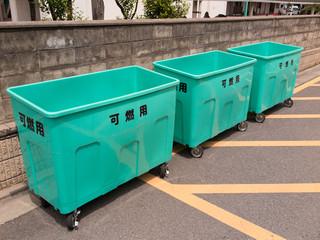 集合住宅のゴミ捨て場