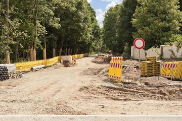 Strassenbau - Bauarbeiten für eine neue Strasse