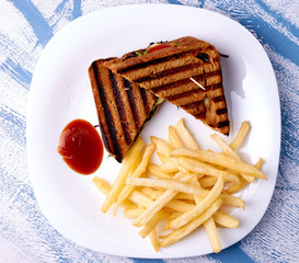 Grilled club sandwich with bbq sauce