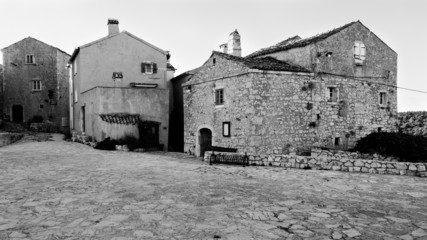 Square and houses at Lubenice in Cres