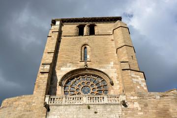 torre  de la iglesia de san esteban en burgos