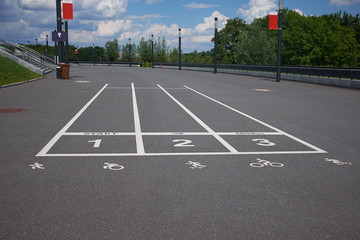 treadmill at the asphalt with the numbering and symbol