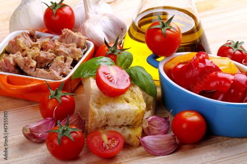 Peperoni,tonno e bruschetta