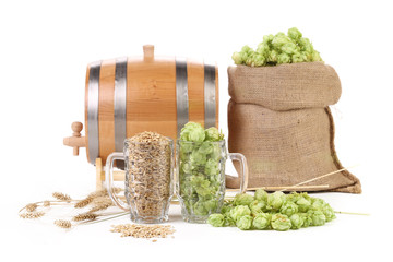Two mugs with barley and hop.
