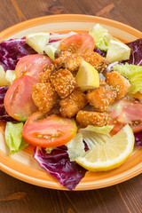 Salmone fritto con semi di sesamo, fried salmon with sesame
