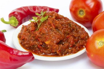 Tomato ketchup with red pepper relish