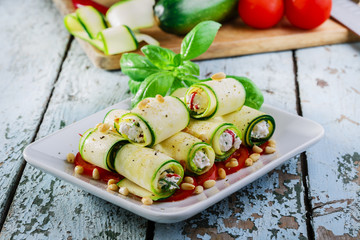 zucchini rolls with feta cheese