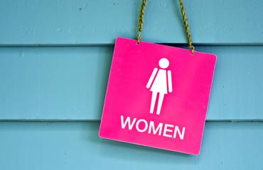 sign woman toilet