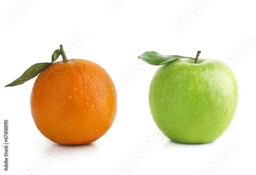 Foto op Aluminium Vruchten Apple and Orange difference