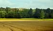 ������, ������: Cultivos y castillo en la campi