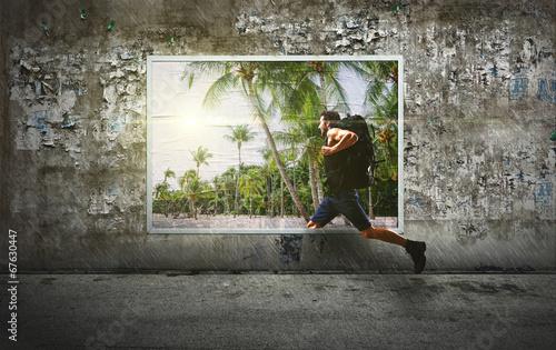 canvas print picture Mann flüchtet in den Urlaub