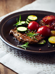 Grilled Beef with Zucchini and Cherry Tomato