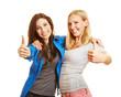 Zwei Frauen halten ihre Daumen hoch