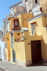 Le case colorate di Procida