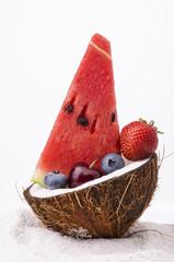 noce di cocco con frutta