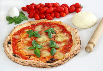 Pizza napoletana e ingredienti