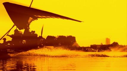 HD - Aerotrike on the water