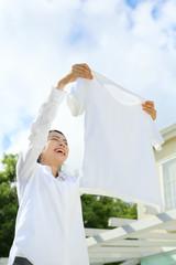 洗濯・若い女性