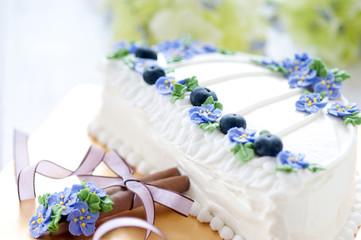 デコレーションケーキ 傘 アジサイ
