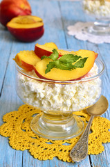 Cottage cheese with nectarines.