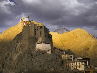 Leh palace in twilight