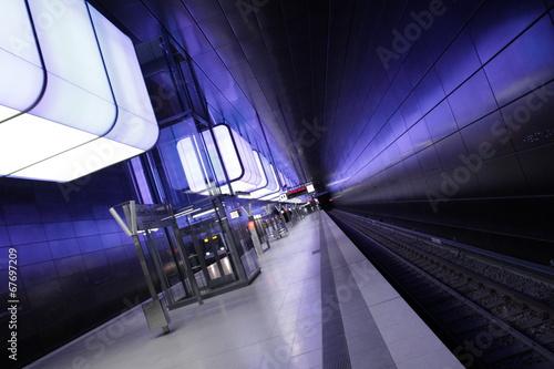 Staande foto Treinstation UND-069-XL