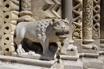 Statua mitologica, Chiesa di Jak, Budapest.