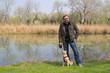 Mann mit Hund / Donaupark Wien
