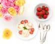 Ice cream with fresh strawberries
