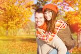 Fototapety autumn couple