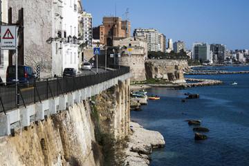 Ringhiera sul mare, Taranto