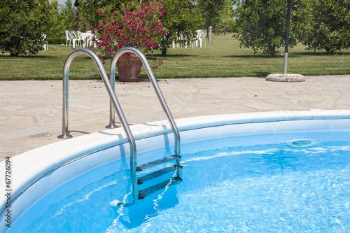 Relax in piscina - 67726094