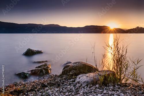 Poster Alpen Crépuscule sur le lac d'Aix les Bains